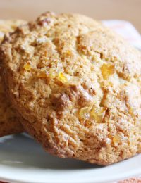 Ginger Pecan Scones