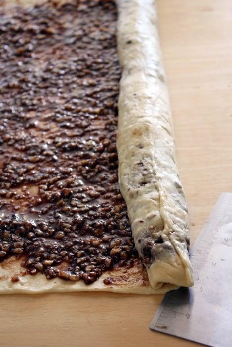 rolling povitica dough