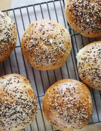 Seeded Brioche Hamburger Buns