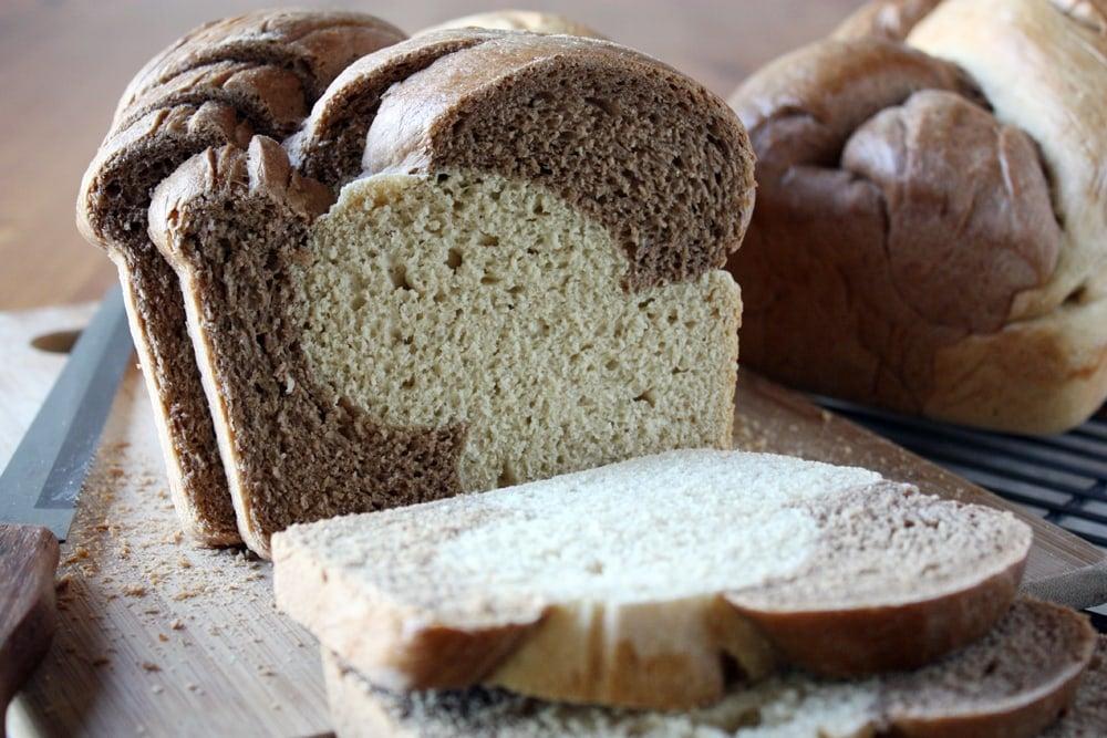 sliced braided rye bread