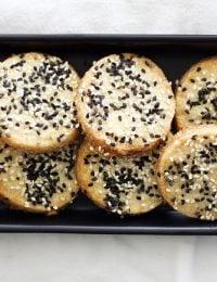 Sweet and Salty Sesame Seed Cookies