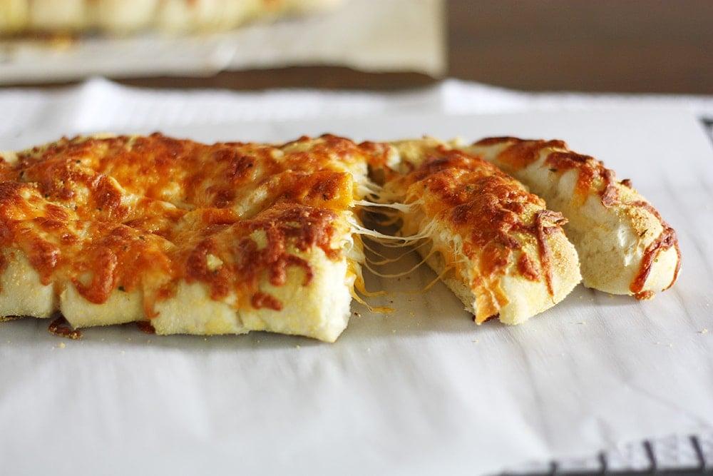 stuffed cheesy bread slices