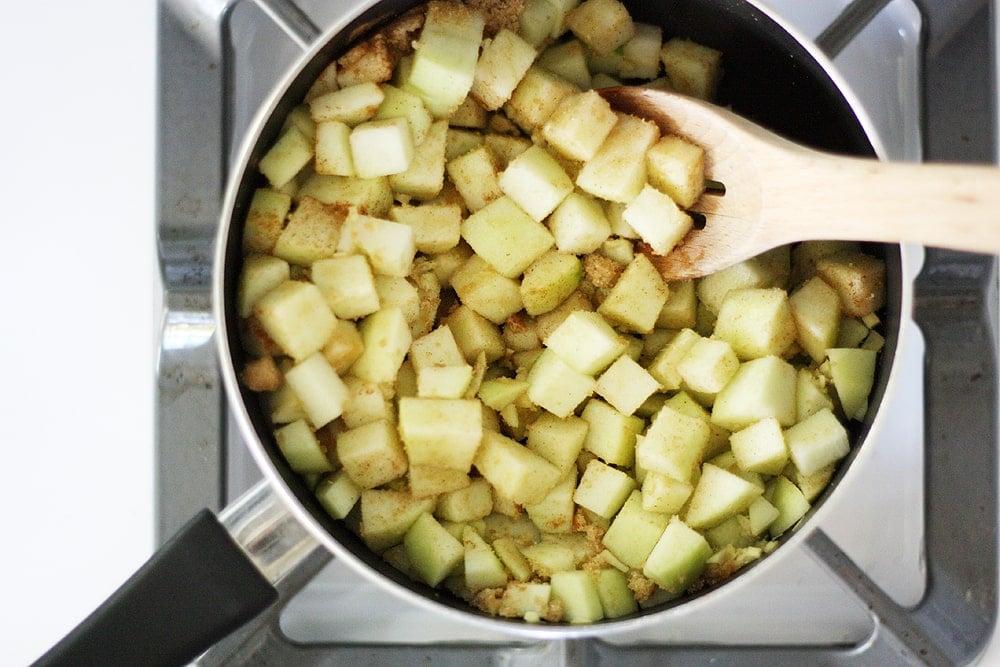 cooking apples in pan