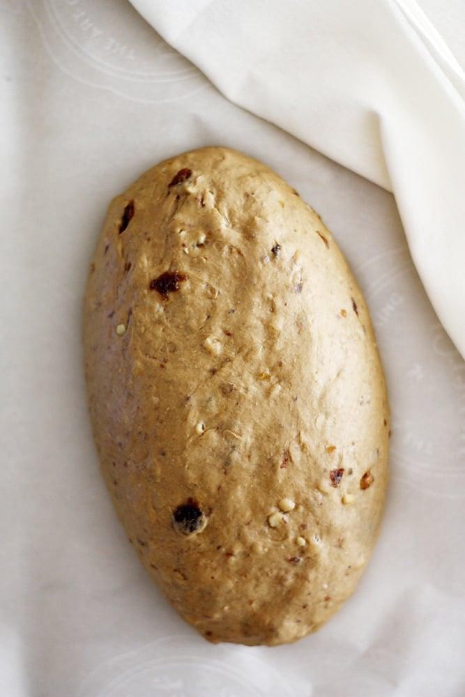 raisin walnut pumpernickel dough