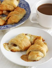 Apple Pie Crescents
