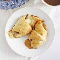 brown butter apple cheddar crescent rolls