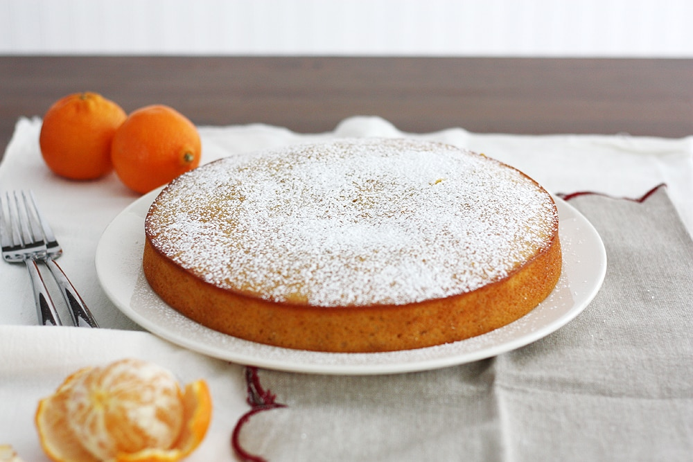 clementine yogurt cake on a plate