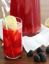 blackberry lacto-fermented lemonade