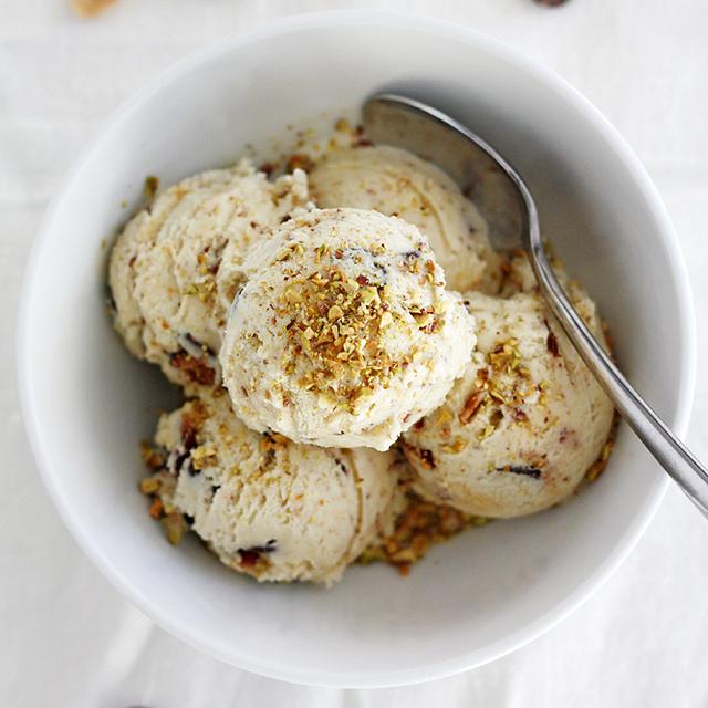 dark chocolate pistachio ice cream