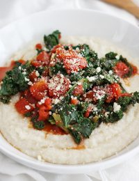 garlicky kale and grits