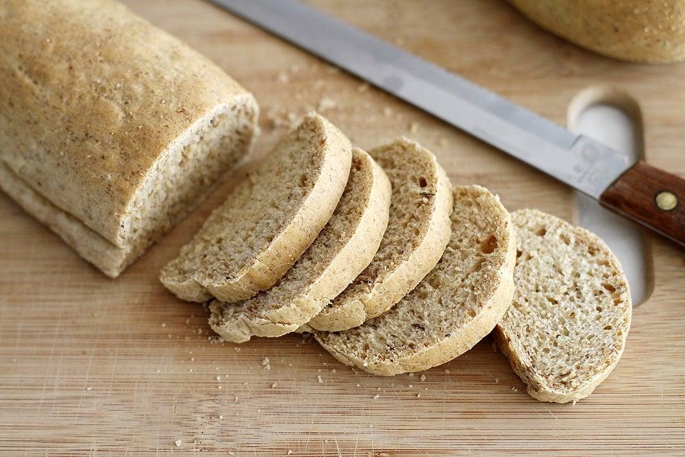 sliced cocktail rye bread