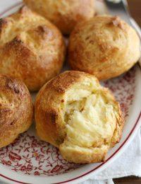 garlic cheddar brioche buns
