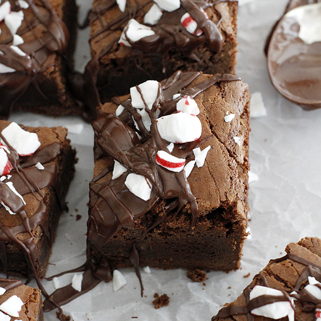 Thick and Fudgy Dark Chocolate Peppermint Mocha Brownies