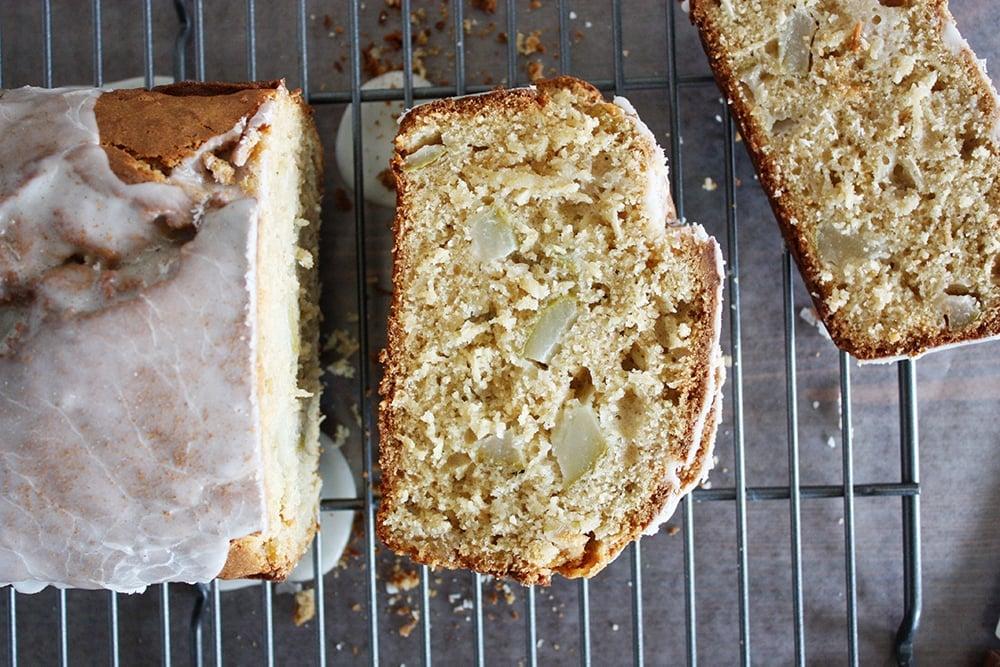 chai spiced coconut pear bread