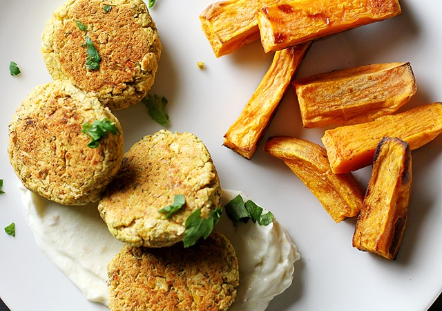 baked chickpea patties