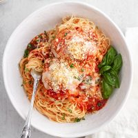 bowl of slow cooker chicken parmesan