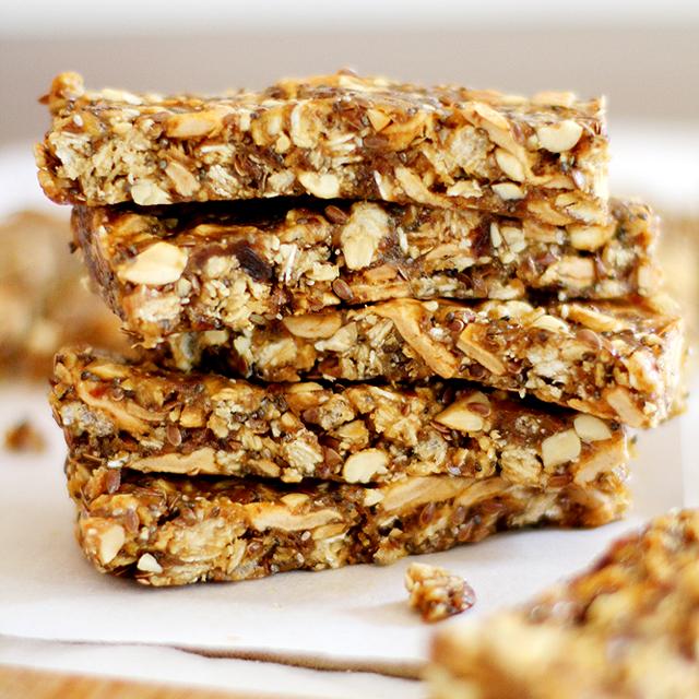 apple peanut butter granola bars