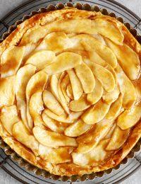 salted caramel pear phyllo tart