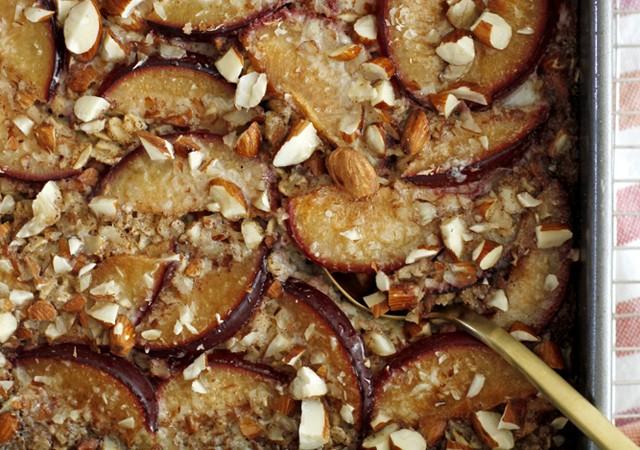 cinnamon plum baked oatmeal