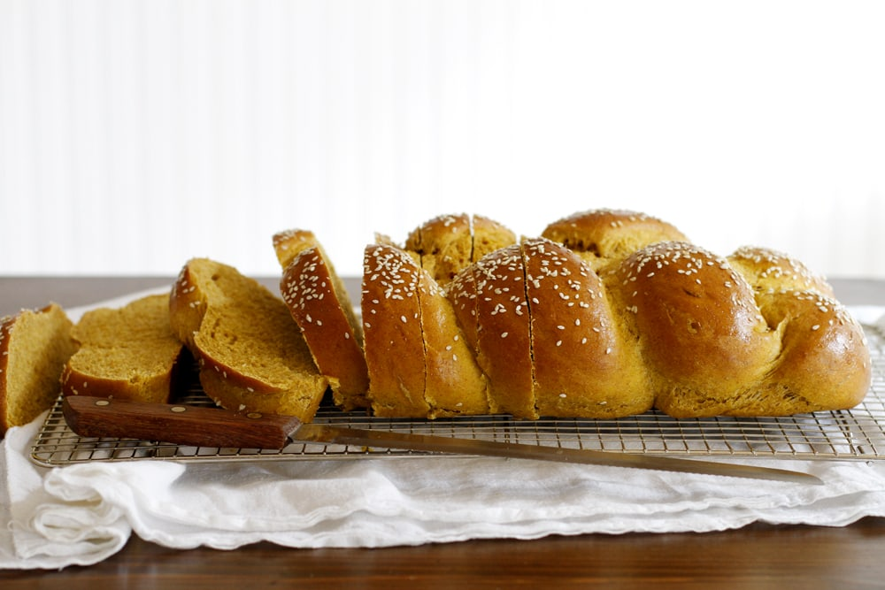 sliced pumpkin challah