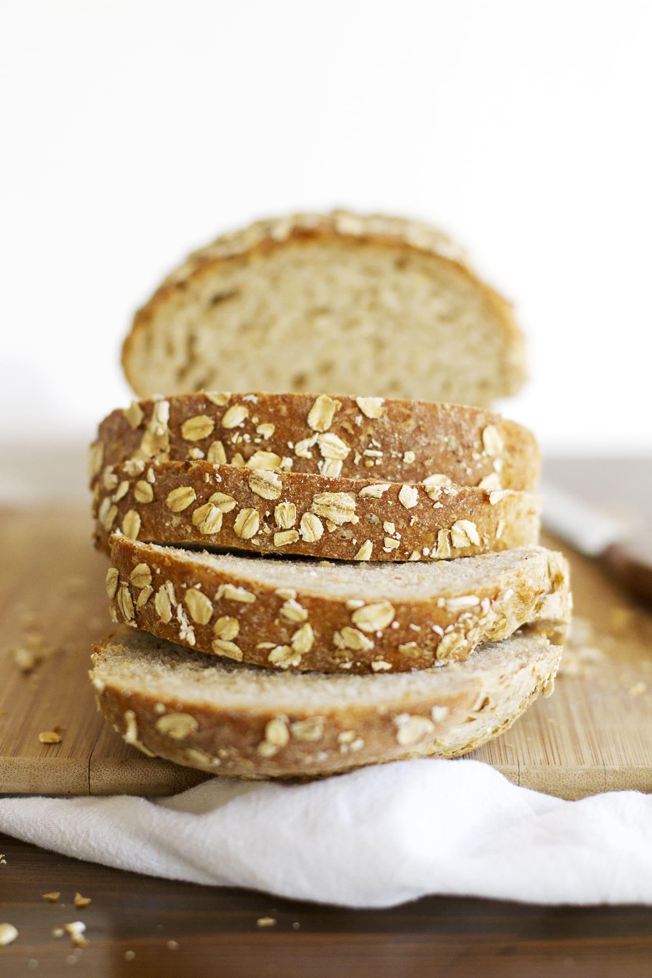 sliced loaf of multigrain sandwich bread