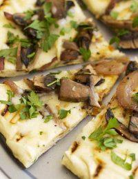 grilled mushroom pizza