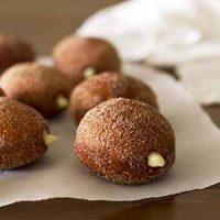 maple vanilla chai doughnuts