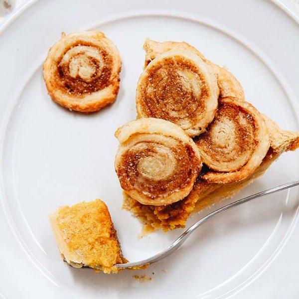 cinnamon swirl pumpkin pie
