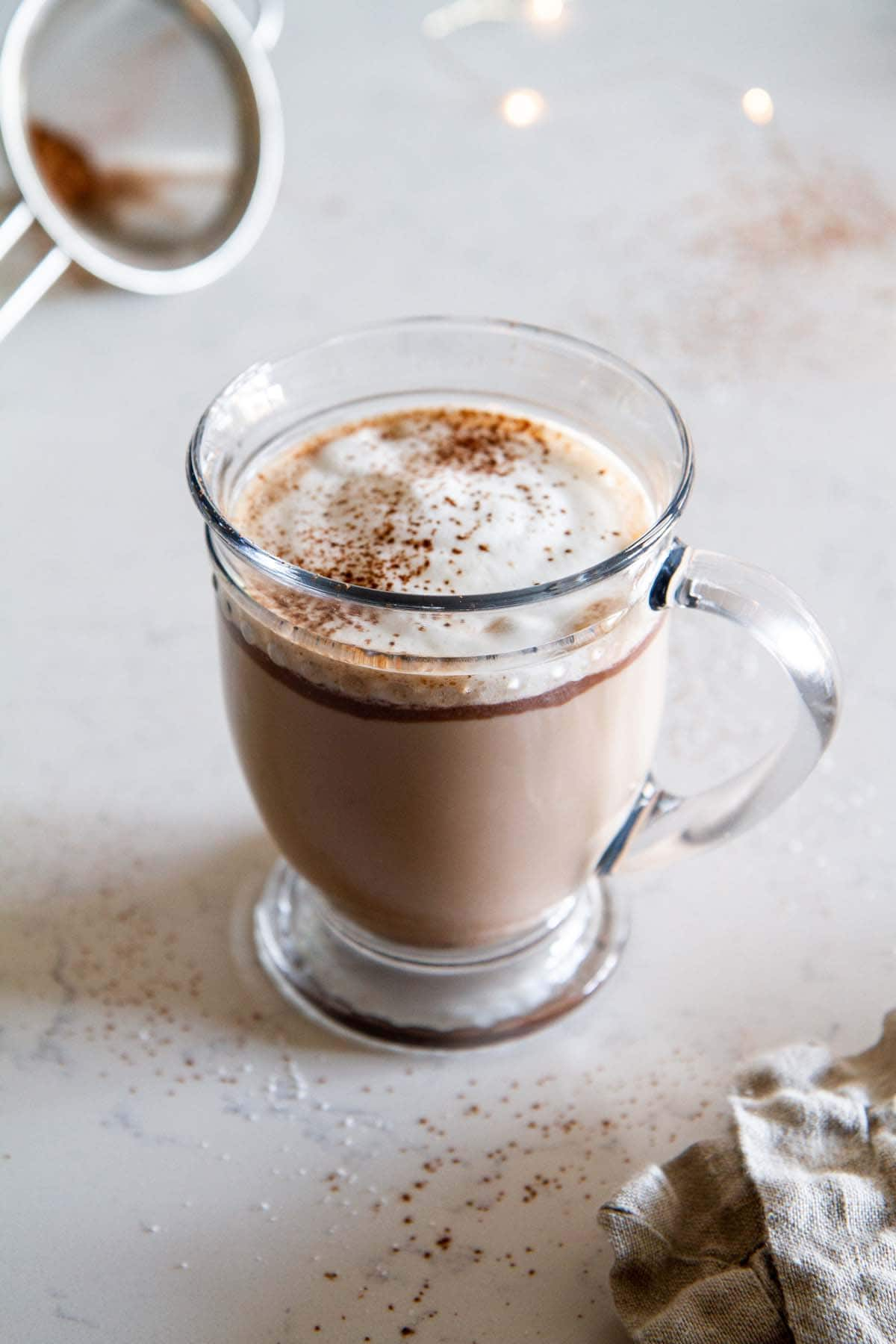 Chocolate Hazelnut Latte -- a deliciously indulgent Nutella latte recipe that will perk up any day. @girlversusdough #girlversusdough #drinkrecipe #chocolate #coffeerecipe