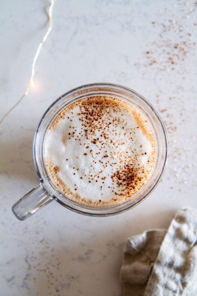Chocolate Hazelnut Latte -- a deliciously indulgent Nutella latte recipe that will perk up any day. @girlversusdough #girlversusdough #drinkrecipe #chocolate #coffeerecipe