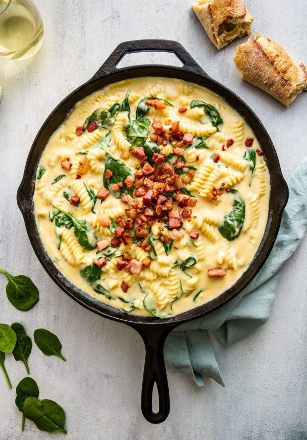 creamy stovetop macaroni and cheese in cast iron skillet