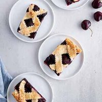 cherry pie bars on plates