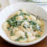 creamy parmesan garlic gnocchi