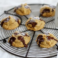 four-ingredient peanut butter chocolate chunk cookies