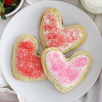 heart-shaped strawberry pop tarts